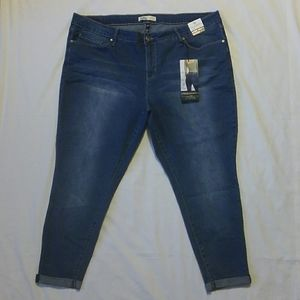 NWT Royalty Perfect Mid-Rise Ankle Blue Jeans 24W